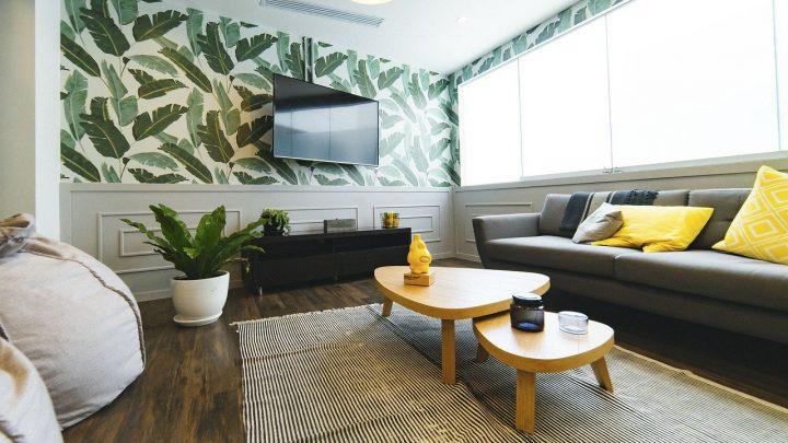 Waarom staat in onze woonkamers de televisie altijd centraal?